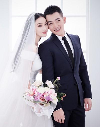 Chi phí chụp ảnh cưới để cổng