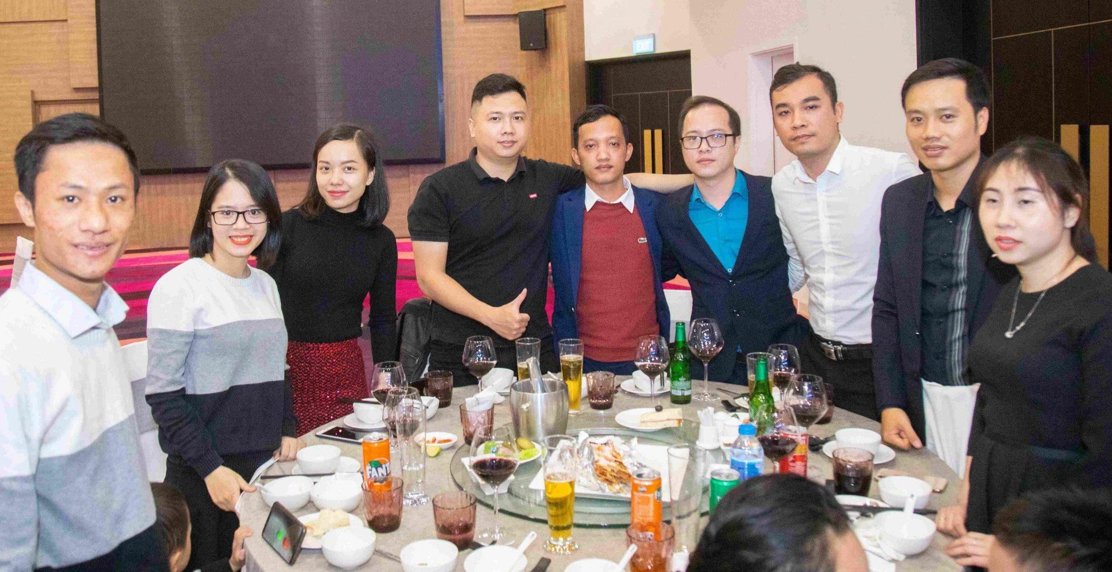 Chụp ảnh công ty Daikin Hải Phòng Year End Party