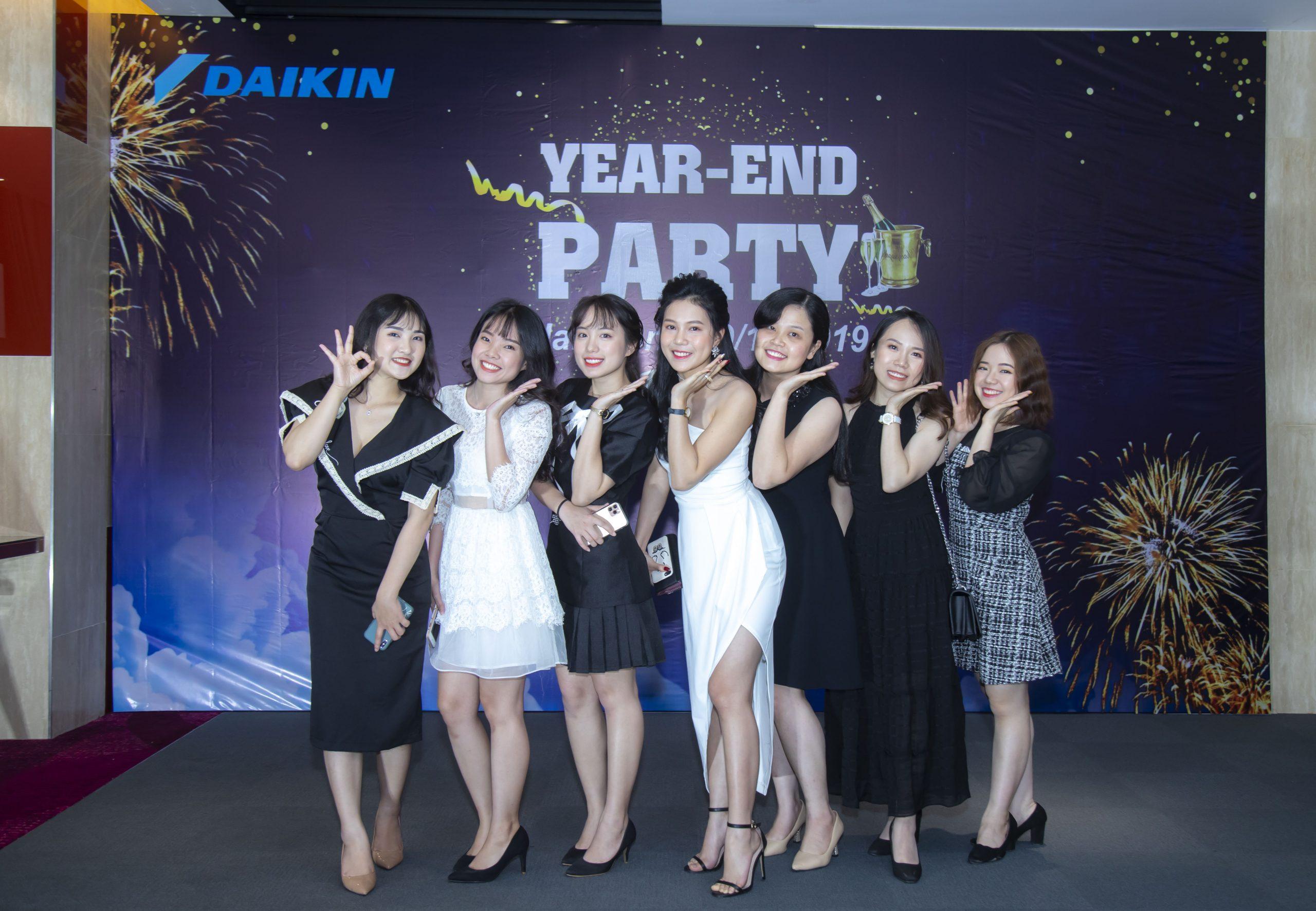 Chụp ảnh tất niên công ty Daikin Hải Phòng