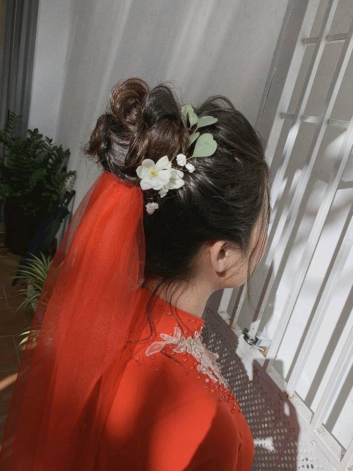 Xu hướng kiểu tóc cô dâu đẹp thịnh hành 2020 1